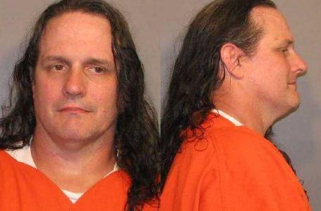 Hombre arrestado por amenaza a el Sheriff
