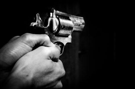Trato de armas termina en tiroteo