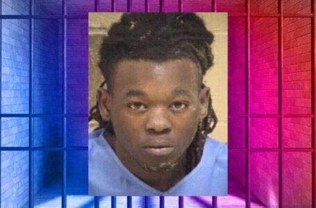 Hombre arrestado en relación con tiroteo de diciembre que dejó 3 heridos