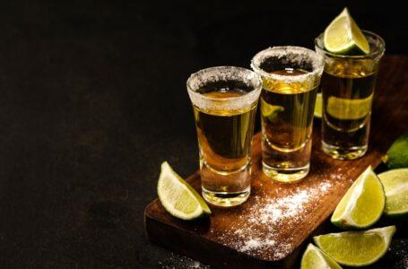 ¡Salud! Por el tequila – CELEBRANDO EL DÍA NACIONAL DEL TEQUILA