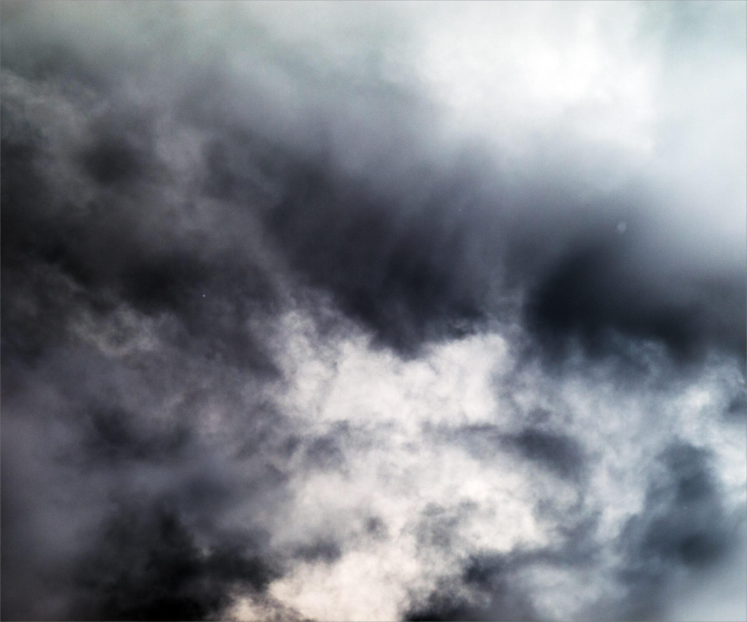 La tormenta tropical Nicholas traerá lluvia y clima ventoso hoy